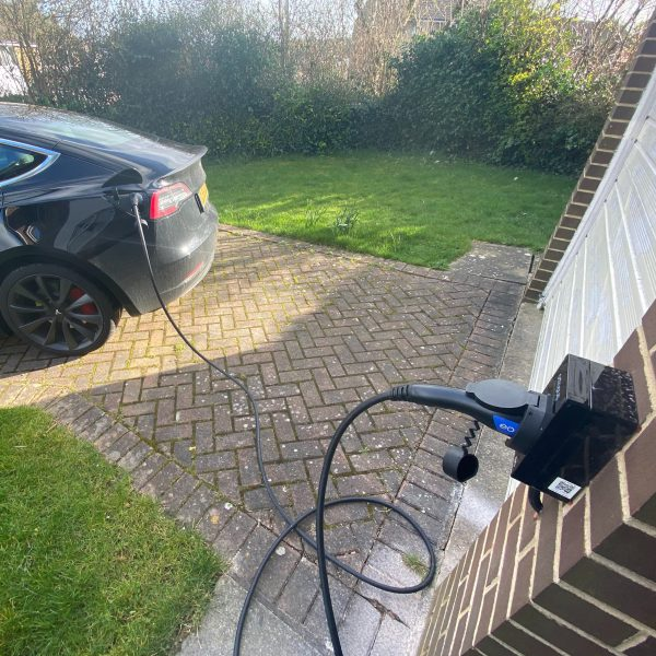 EO Charging cable with mini and Tesla